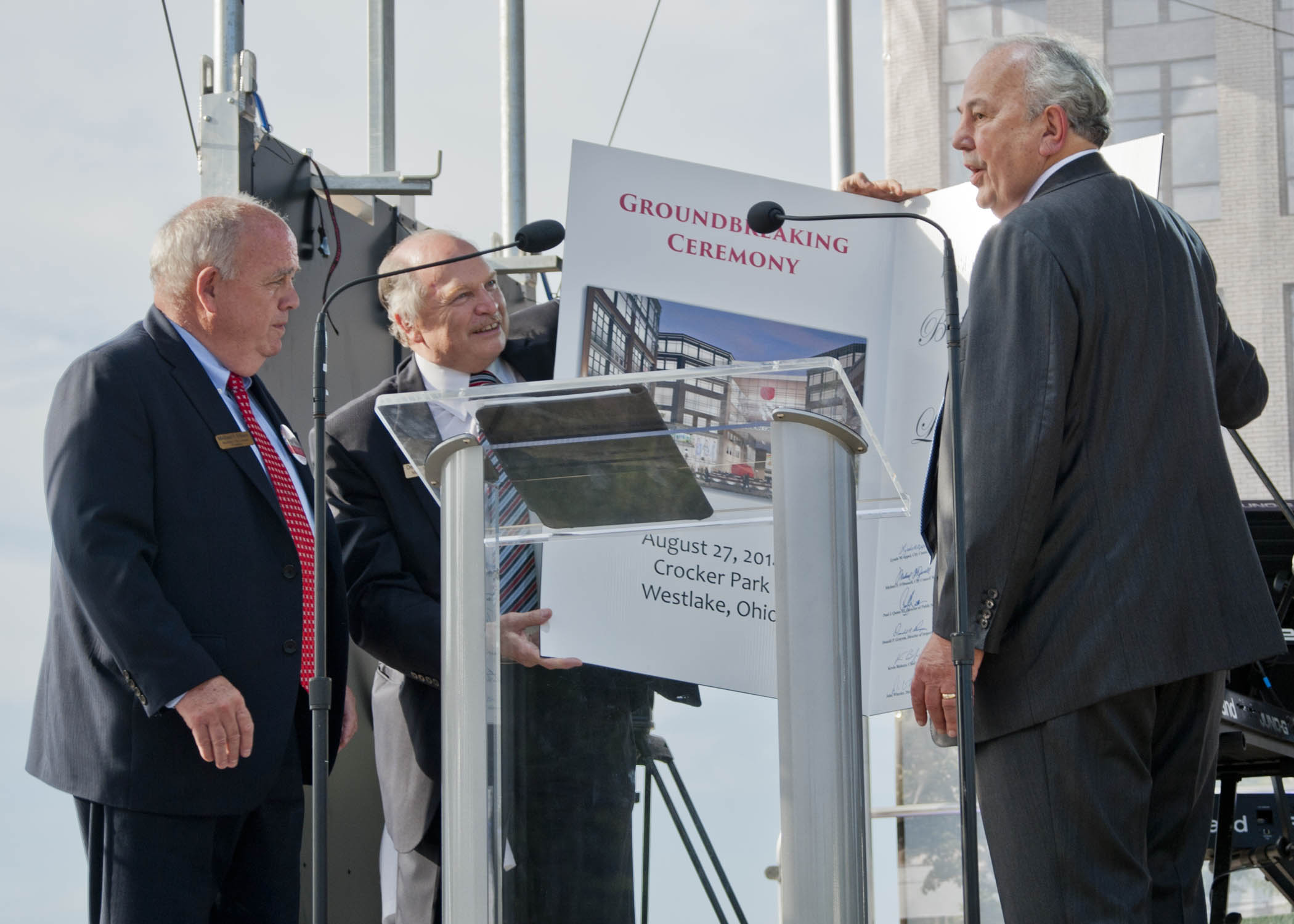 American greetings breaks ground in westlake the villager a highlight of the american greetings creative studios groundbreaking was the presentation of an oversized greeting card to ag chairman morry weiss by kristyandbryce Choice Image