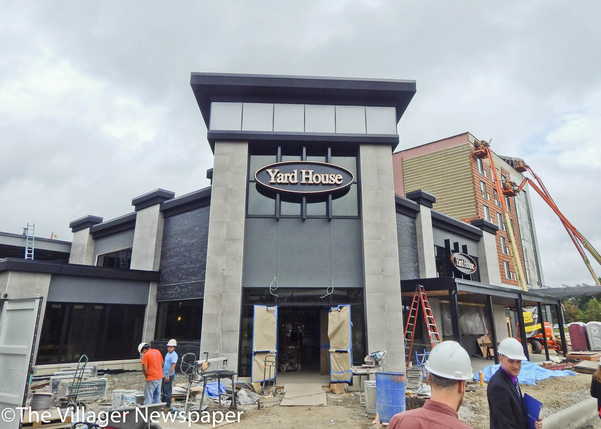 Yardhouse Restaurant Fronts Hyatt Place Hotel As It Rises At The Square Outside Crocker Park S Regal
