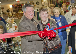 Mercy President and CEO Edwin Oley and Mercy Regional Medical Center Auxiliary President Marty Beck cut the ribbon celebrating the opening of the Mercy Thrift Shop.