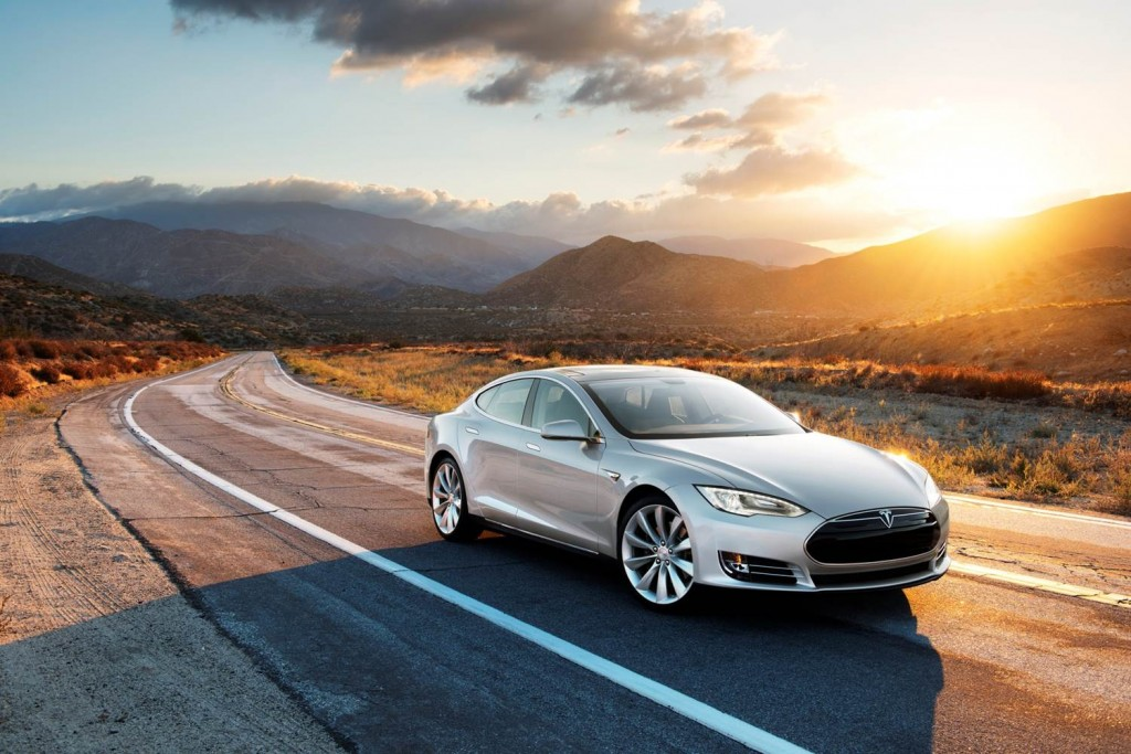 Large-car-winner-over-50k-Tesla-Model-S-70D