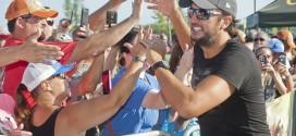 Country Star Luke Bryan Kicks Off Cabela's Grand Opening in Avon