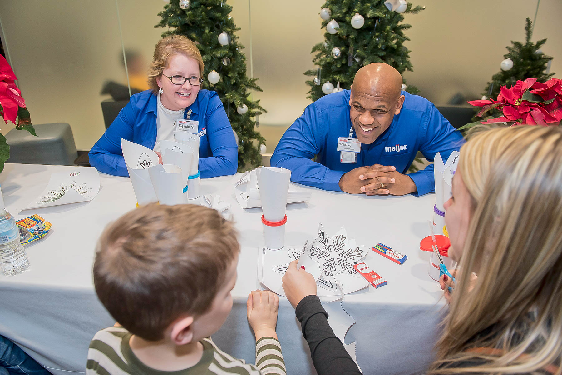 Meijer Spreads Holiday Cheer To Children At Cleveland Hospitals The Villager Newspaper Online